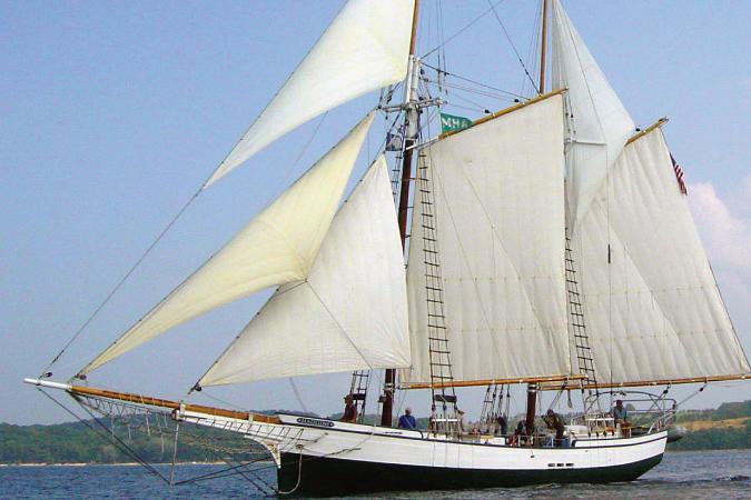 07/09/16 – Madeline Sail