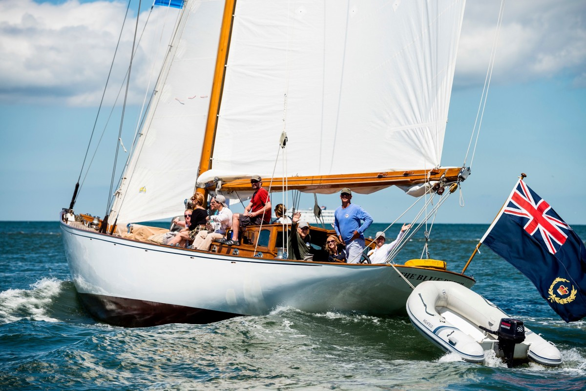 Sailing Program Gives Cancer Patients 'Beautiful' Experiences